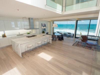 cuisine - villa contemporaine à Malibu, Usa