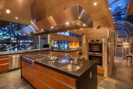 cuisine - villa contemporaine en bois par Daniel Evan White - Saanich, Canada