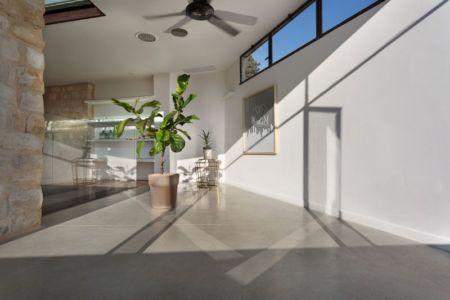 déco intérieure plante - Stone-House par Henkin Shavit Architecture & Design - Safed, Israël