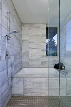 douche - Unique Reclaimed Modern par Dwell Development LLC - Seattle, Usa