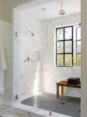 douche salle de bains - Transitional Farmhouse Design par Total Design - Calistoga, Californie, Usa