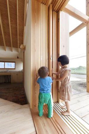 emplacement baie vitrée coulissante - Gabled-Roof par Tailored Design Lab - Kawagoe, Japon