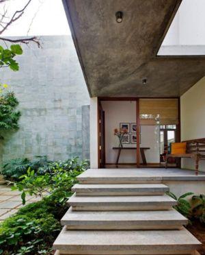 entrée - Bhuwalka House par Khosla Associates - Bangalore, Inde