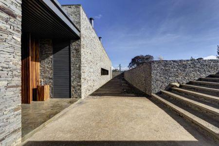 entrée - Casa BS par  Elías Rizo Arquitectos - Tapalpa, Mexique