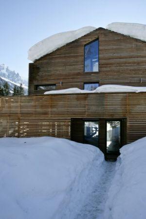 entrée - Chalet Piolet par Chevallier Architectes - Chamonix, France