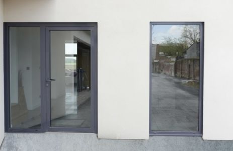 entrée - Maison ossature bois par Qbis architecture à Tourmignies (FR-59)