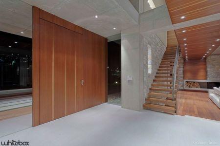 entrée - Stone House par Whitebox Architectes - Athènes, Grèce