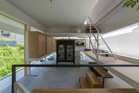 entrée arrière - House-Toyonaka par Tato Architects - Toyonaka, Japon