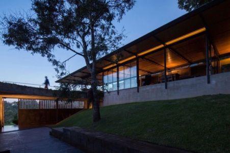 entrée clôture - Casa-Santo-Antonio par H+F Arquitetos - Santo Antônio, Brésil