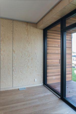 entrée de l'intérieur - La Casa de Libre Mantenimiento par Arkitema Architects  - Danemark