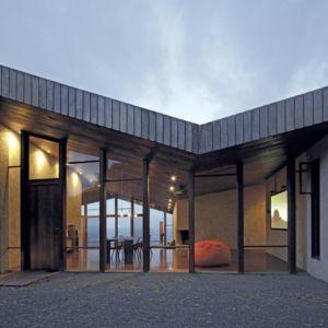 entrée de nuit - Clifftop House Maui par Dekleva Gregoric Arhitekti - Maui, Hawaï