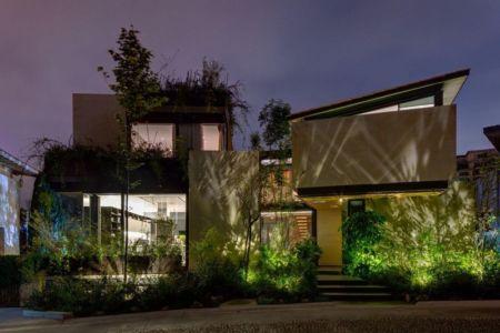 entrée de nuit - Garden house par VGZ Architecture - Mexico, Mexique