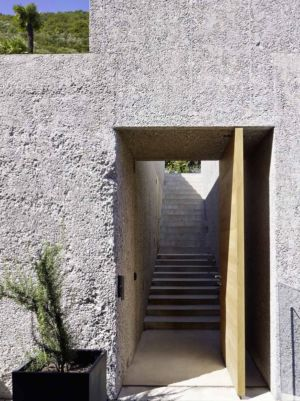entrée escalier - House in Brissago par Wespi de Meuron Romeo architects - Brissago, Suisse