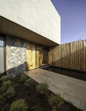 entrée et bassin - SH House par 01arq - La Dehesa, Chili
