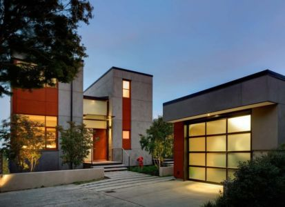 entrée et garage - Capitol Hill par Balance Associates Architects - Seattle, Usa