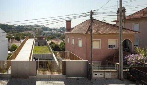 entrée - house-caxias par António Costa Lima Arquitectos - Caxias, Portugal