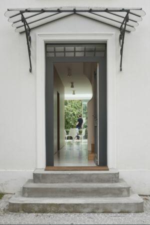 entrée - maison - Atelier Zundel Cristea-  Photo Sergio Grazia - France