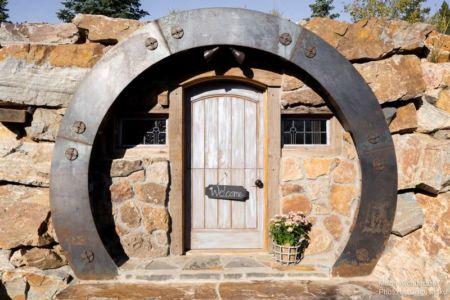 entrée en forme de fer à cheval - Camp 88 par Munn Architecture - Colorado, USA