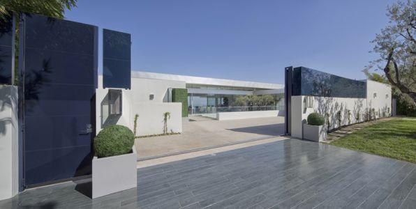 entrée portail - Carla Ridge par McClean Design - Beverly Hills, Usa