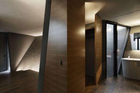 entrée salle de bains - SRK par Artechnic - Meguro, Japon