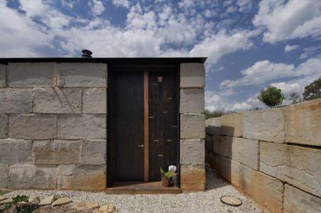 entrée secondaire - Sawmill-House par Archier - Yackandandah, Australie