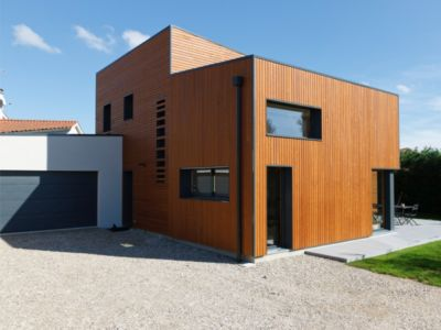 entrée et garage  - Maison bois contemporaine - Ocube Architecte - France