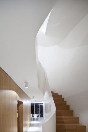 escalier - maison - Atelier Zundel Cristea- Photo Sergio Grazia - France