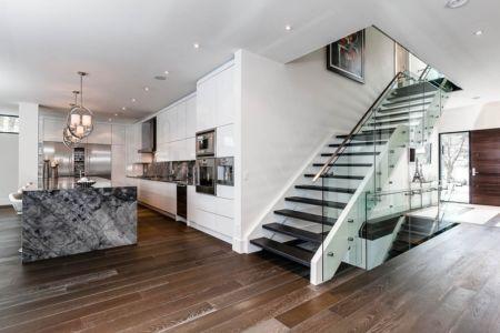 escalier - Ashley Park House par Barroso Homes - Toronto, Canada
