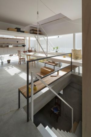 escalier - House-Toyonaka par Tato Architects - Toyonaka, Japon