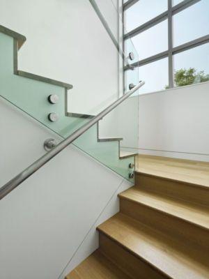 escalier - In-Out par Wnuk Spurlock Architecture - Stinson Beach, Californie, USA
