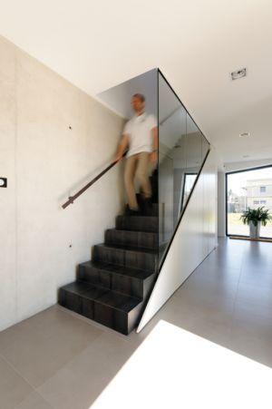 escalier - Maison bois béton par Ideaa architectures - Colmar, France - Photo Alain-Marc Oberlé