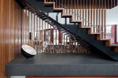 escalier - Maison contemporaine bois béton par BG Architecture - Melbourne, Australie