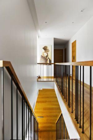 escalier - Modern Family House par 4PLIUS Architects - Vilnius, Lituanie