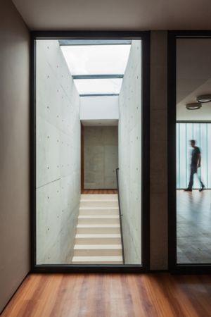 escalier - NSN House par Biselli + Katchborian Arquitetos, Parana, Brésil