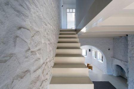 escalier - Sterna Nisyros par  Giorgos Tsironis - Nisyros en Grèce