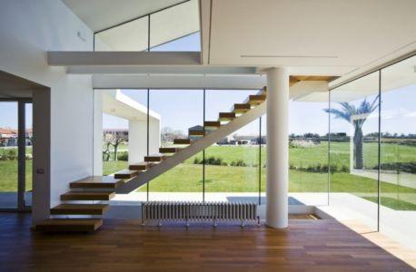 escalier - Villa T by Architrend Architecture - Ragusa, Sicile, Italie
