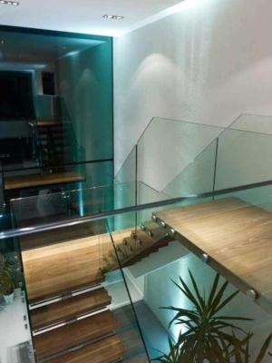escalier étage - Cherry Orchard par Western Design Architects - Branksome, Royaume Uni