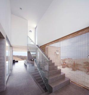 escalier accès étage - House-Poseidon par Domenack arquitectos - Pucusama, Pérou