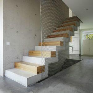 escalier accès étage - House-Wilhermsdorf par René Rissland - Wilhermsdorf, Allemagne