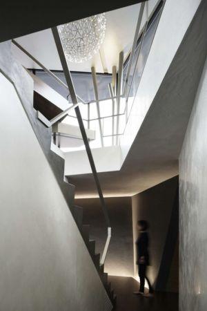 escalier accès étage - SRK par Artechnic - Meguro, Japon