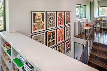 escalier accès étage & salle de jeux enfants - Hills-Residence par Specht Harpman - Texas, USA