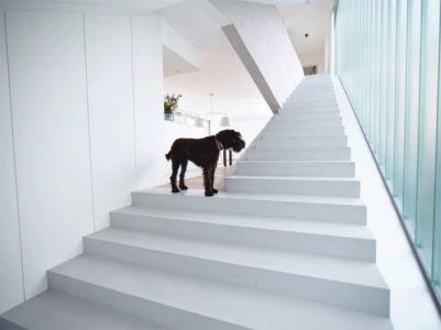 escalier accès étage supérieur - MaHouse par Marc Formes - France