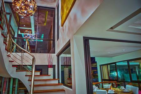 escalier accès étage - villa contemporaine - Phuket, Thaïlande