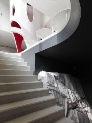 escalier accès niveau supérieur - Casa Farfalla par Michel Boucquillon - Toscane, Italie