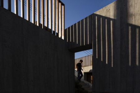escalier accès toit terrasse- house-caxias par António Costa Lima Arquitectos - Caxias, Portugal