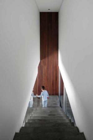 escalier béton - BE House par Spaceworkers - Paredes, Espagne