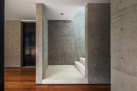 escalier béton - NSN House par Biselli + Katchborian Arquitetos, Parana, Brésil