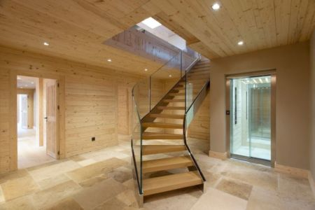 escalier & balustrade en verre - Rougemont-Residences Plusdesign - Rougemont, Suisse