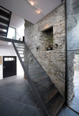 escalier balustrade vitrée - White-House par WT-Architecture - Grishipoll, Ecosse