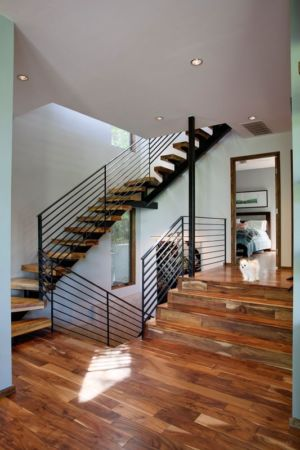 escalier bois - 1980-Home par Dick Clark + Associates - Austin, USA